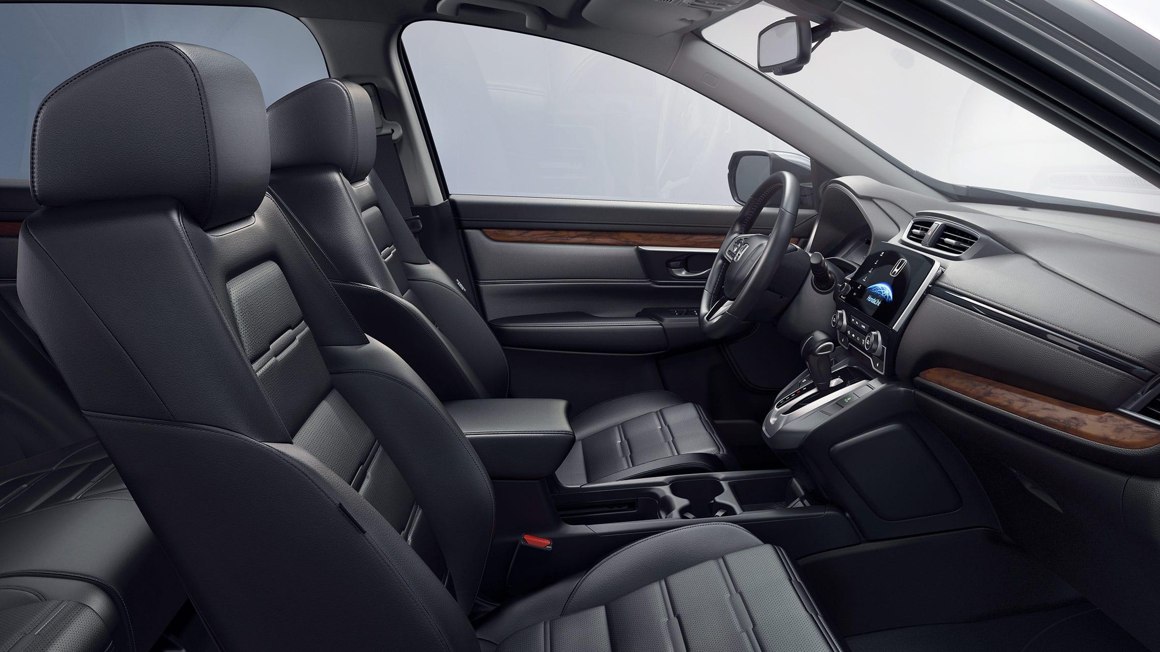 Honda CR-V Touring2019 con interior tapizado en cuero.
