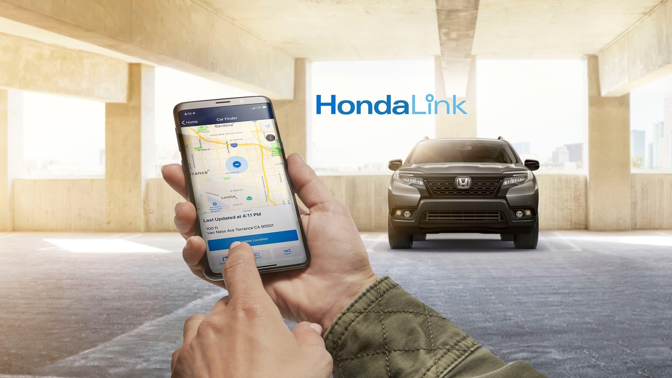 Teléfono inteligente compatible conectado con HondaLink®.